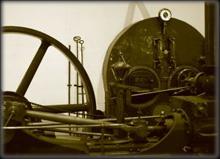 una antica macchina a vapore