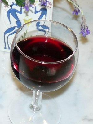 Un bicchiere di novello