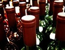 bottiglie di vino in batteria
