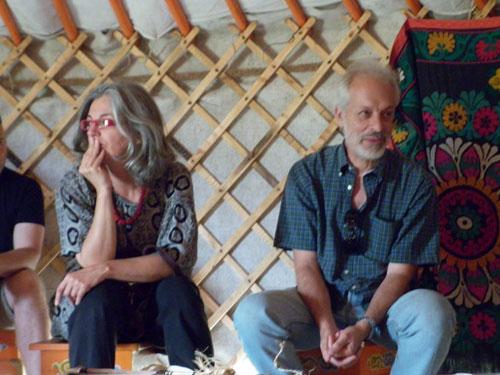 simona ventura e silvano cristiani dentro la yurta