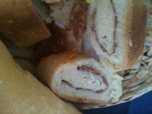 girella di pane e salame