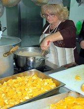 Anna Lupo in cucina
