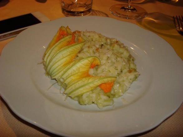 risotto con zucchine e fiori di picech
