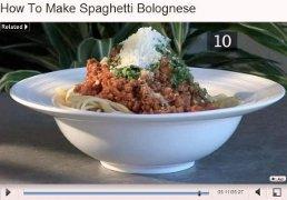 spezzone del video: il piatto finito con tanto prezzemolo crudo sopra