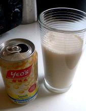 latte di soia in lattina