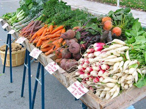 banco di verdura al mercato