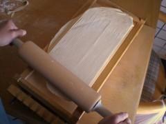 lavorazione delle chitarrine abruzzesi