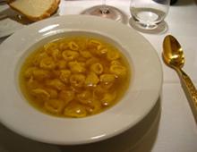 tortellini in brodo, di adactio da Flickr