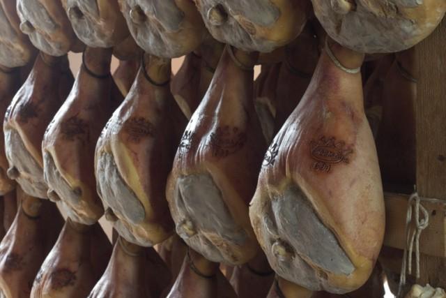 stagionatura del prosciutto di parma