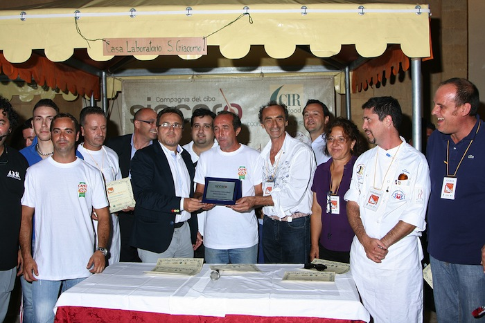 Premiazione del creatore della pizza belicina