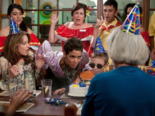 la scena di una festa di compleanno