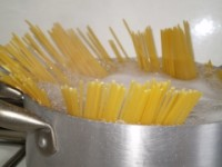 spaghetti in pentola