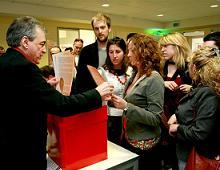 Iscrizioni alla compagnia a reggio emilia in aprile 2008