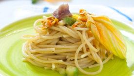 spaghetti ai fiori di zucca