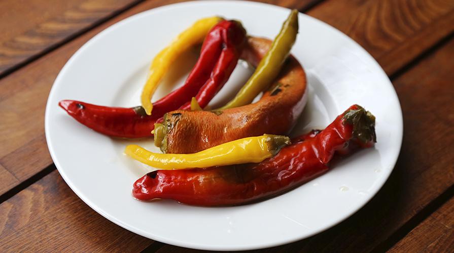 peperoncini-piccanti-sotto-olio-da-farcire