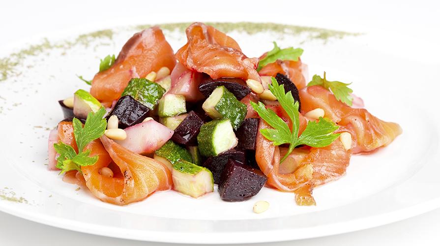 medaglioni di salmone con verdure