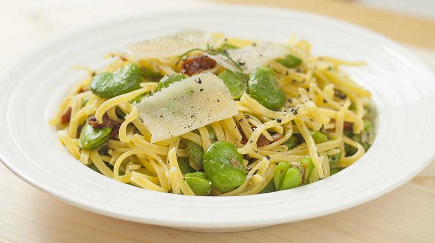 spaghetti-con-le-fave