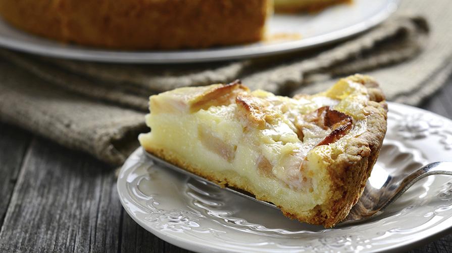torta-di-mele-con-amaretti