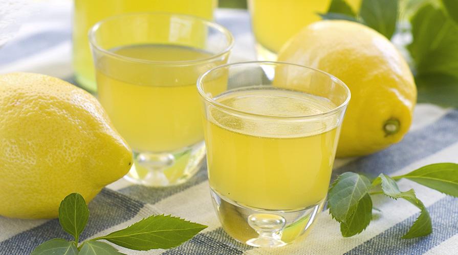 un-bicchiere-di-limoncino