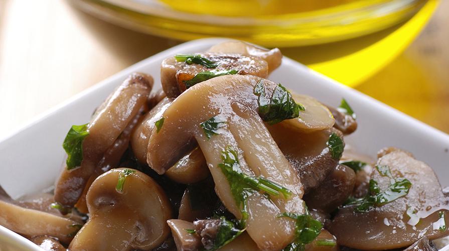 ricetta-funghi-porcini-sotto-olio