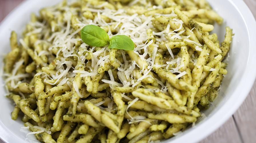 trofie-alle-erbe-e-pistacchio