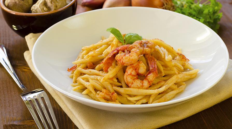 ricetta-pasta-con-ragù-di-pesce-spada