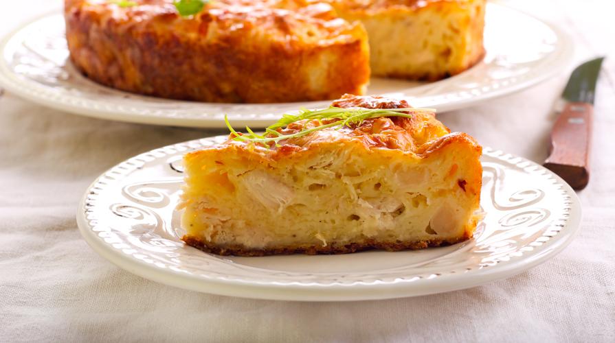 torta salata con cavolfiore, pancetta, scamorza