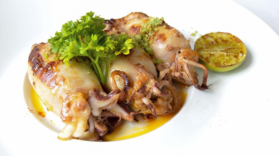 calamari-ripieni-in-friccassea-di-asparagi