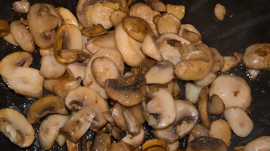 ricetta-funghi-porcini-trifolati