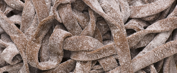 pappardele-al-cacao-con-funghi-e-crema-di-zucca