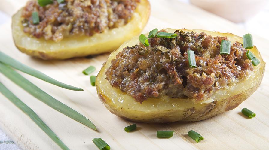 patate-scavate-con-salsiccia