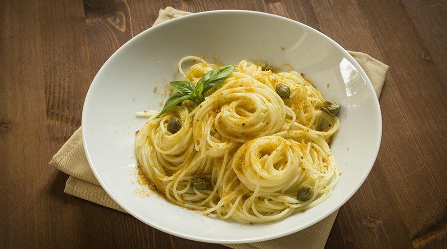 spaghetti-con-bottarga-profumati-al-rosmarino