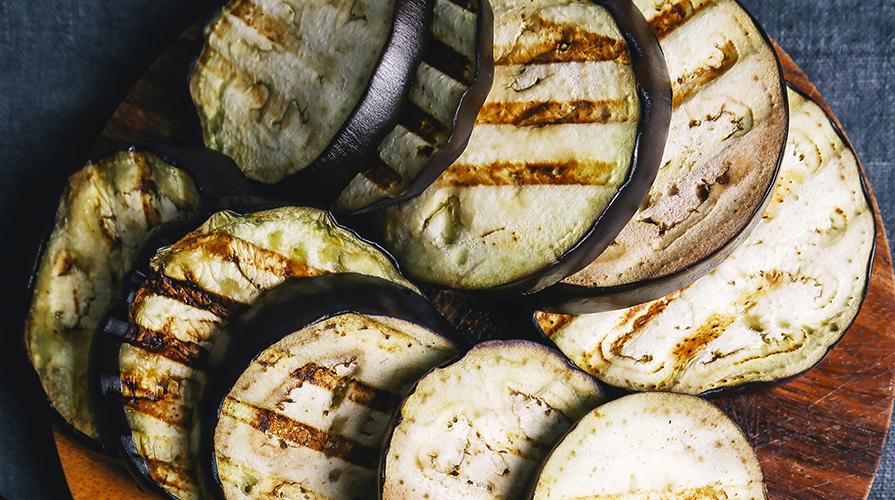 melanzane-grigliate-con-pate-di-capperu-e-olive
