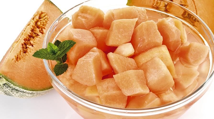 gelatina-di-melone-con-conetti-di-prosciutto-crudo