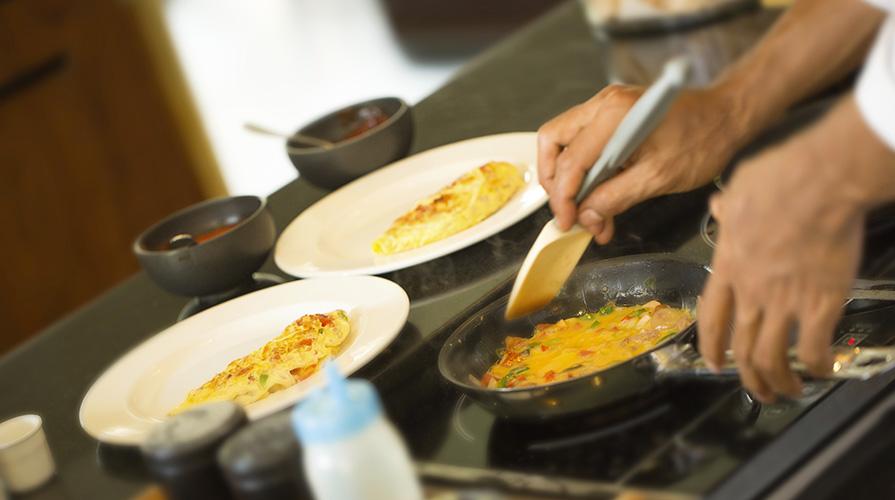 giuliano-gallini-per-pubblico-mangiare
