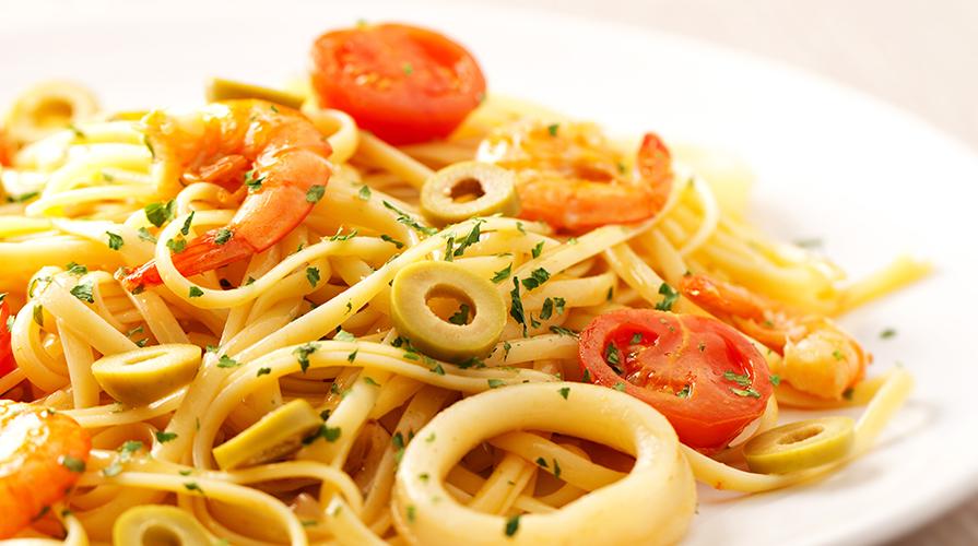 Spaghetti al sugo di calamari
