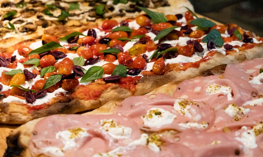 pizza con mortadella