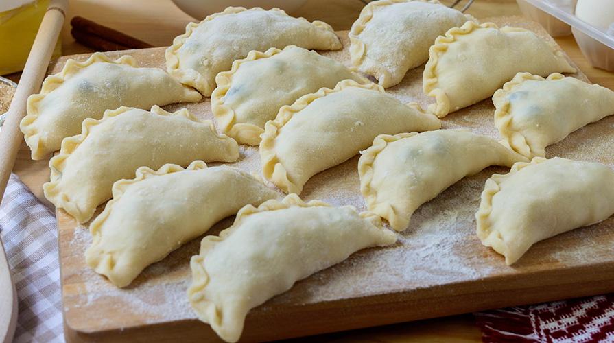 ricetta ravioli dolci sardi di ricotta e mandorle