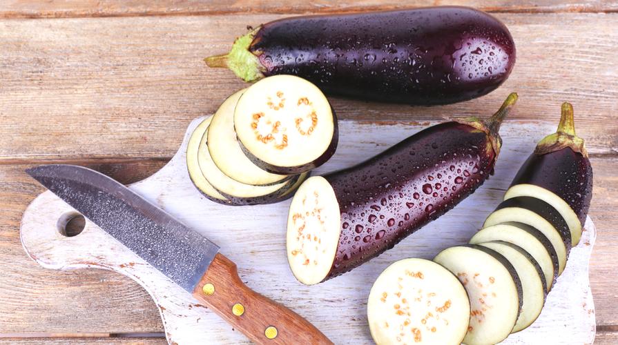 Spiedini melanzane pomodorini olive