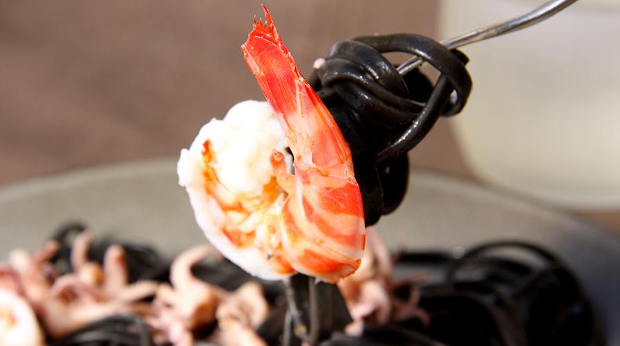 ricetta con tagliolini al nero di seppia