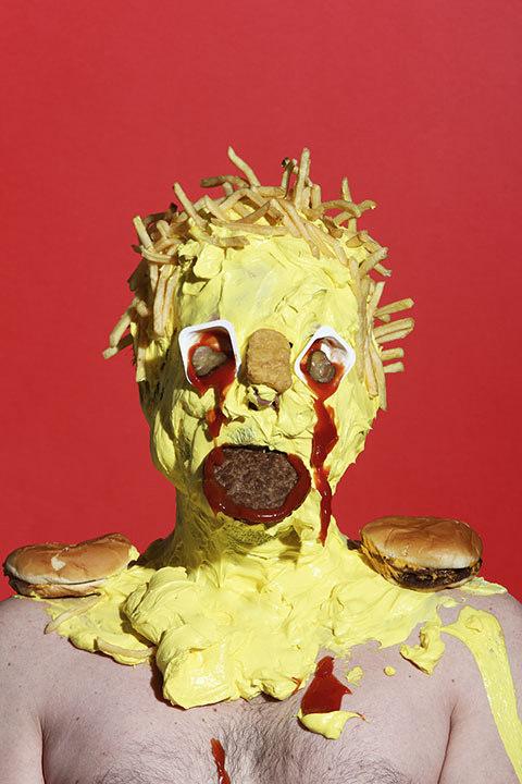 James Ostrer lacrime- di ketchup