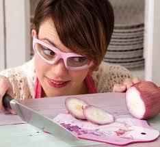 occhiali per tagliare la cipolla