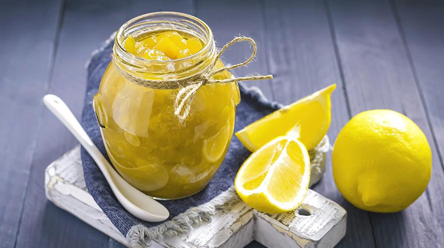 marmellata di limoni con buccia