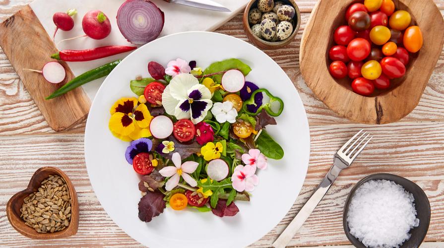 Fiori eduli: ricette e consigli per utilizzarli in cucina
