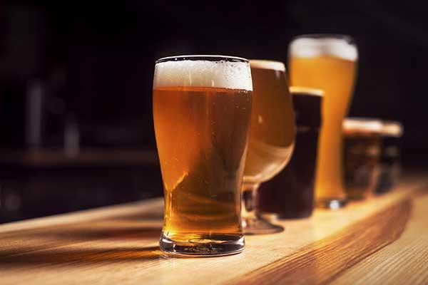 Degustare una birra, colore