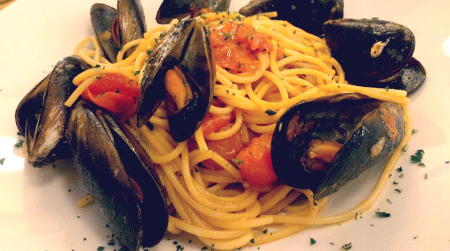 Spaghetti pomodorini e cozze