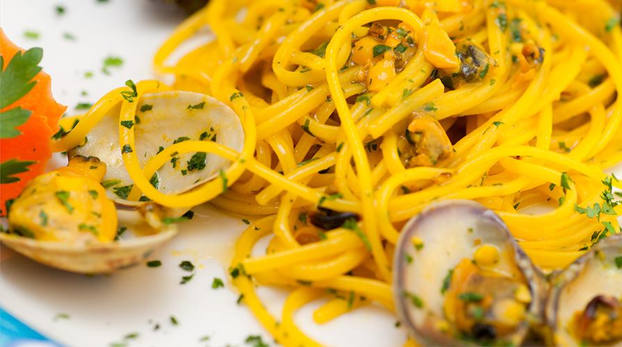 Spaghetti alle vongole con purea