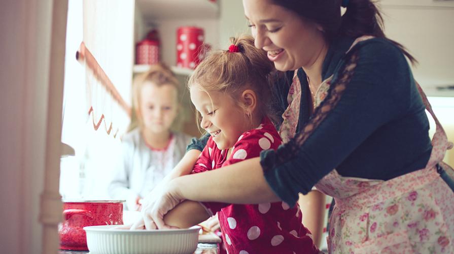 Cucinare insieme ai bambini