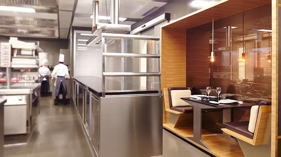 Andrea Berton: lo Chef che serve in sala