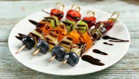 spiedini frutta e cioccolato